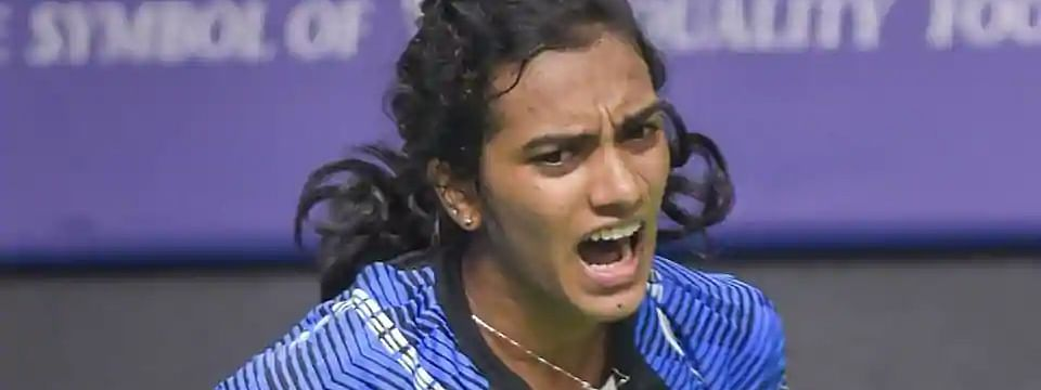 Sindhu defeats Marin, Hyderabad clinches Tie 1