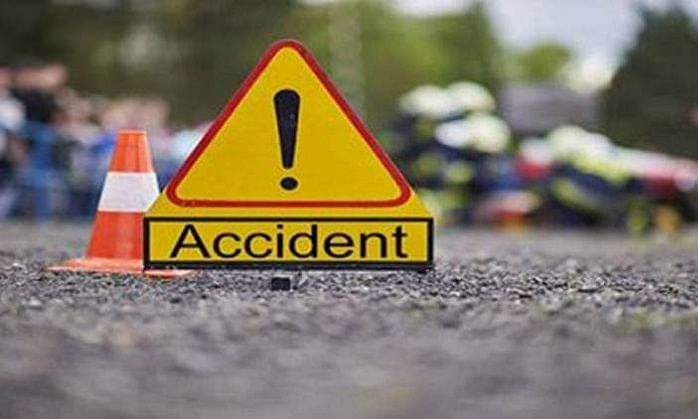 4 of family killed, 6 injured as tractor-trolley overturns in Nashik