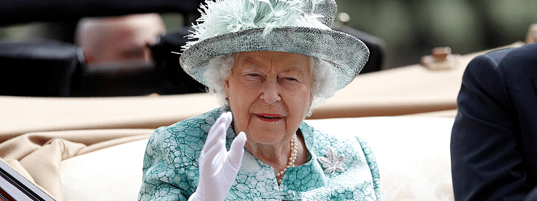 Queen makes plea for Britons to find 'common ground'