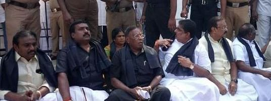 Puducherry CM sits in dharna against Kiren Bedi