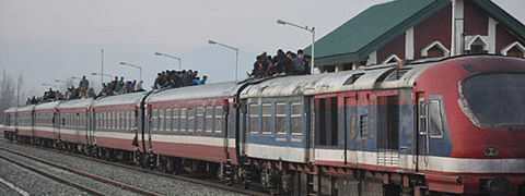 Train service remains suspended for 3rd day in Kashmir