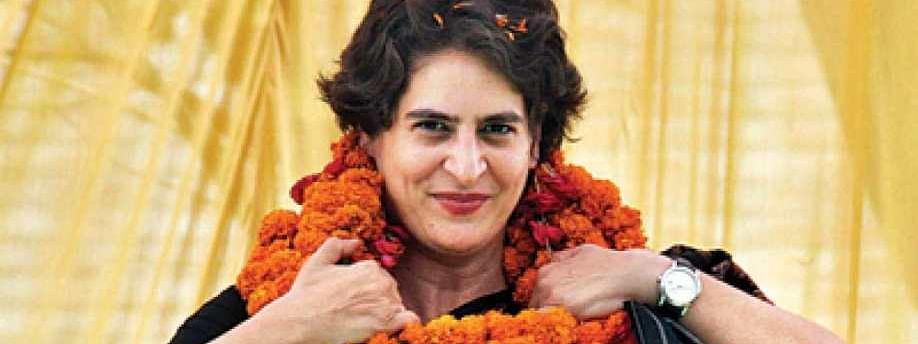 Priyanka holds meet with Cong workers of Raebareli constituency