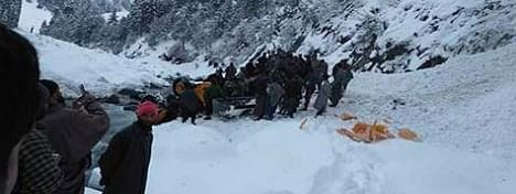 3 killed in Pahalgam avalanche