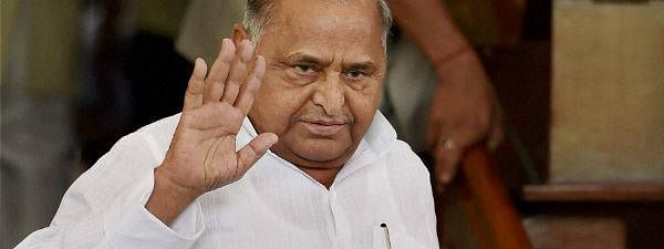 Mulayam hits out at Akhilesh for SP-BSP alliance
