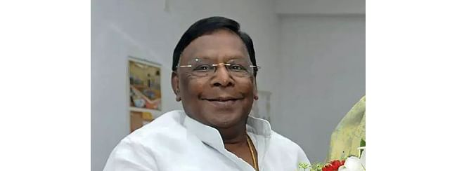 Bedi should resign for stalling development: Puducherry CM