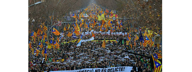 About 200,000 people rallied in Barcelona protesting trial of Catalan politicians