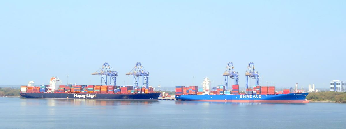 Cochin Port handles record cargo in Jan