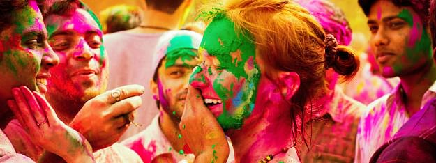Country celebrates Holi