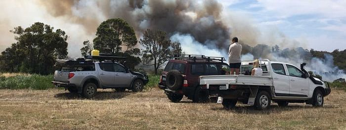 Two bushfires in Aussie disrupt lives, emergency warning issued