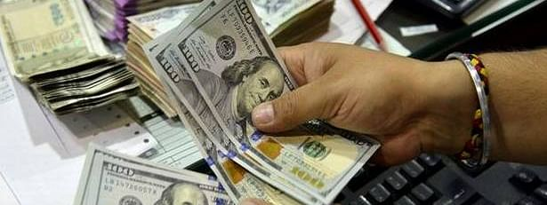 Rupee falls 7 paise against USD