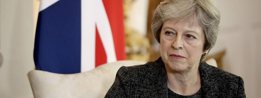 British PM Theresa May calls Imran, urges to take action against terror groups