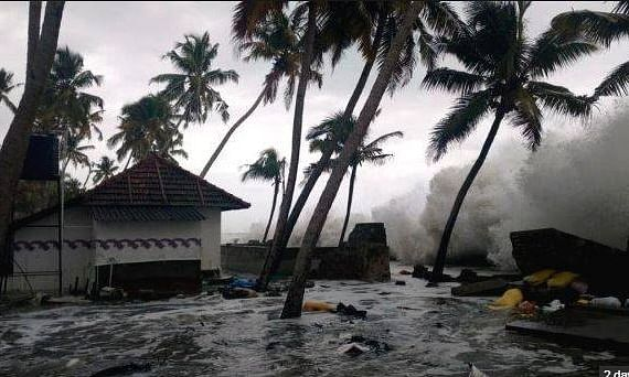 Fani intensifies, Yellow Alert Imposed in 8 Districts of Kerala