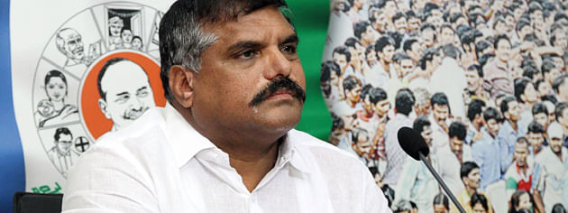 YSRCP objects Naidu over lodging complaint to CEC on EVMs
