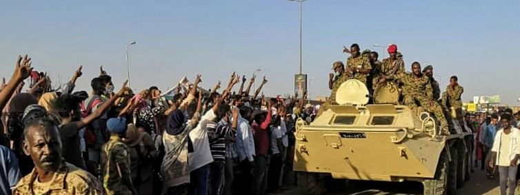 Sudan coup: Military reaches out to protesters