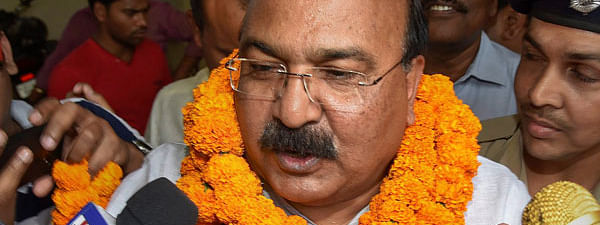 Former Minister Sunil Pintu joins JD(U), will contest from Sitamarhi