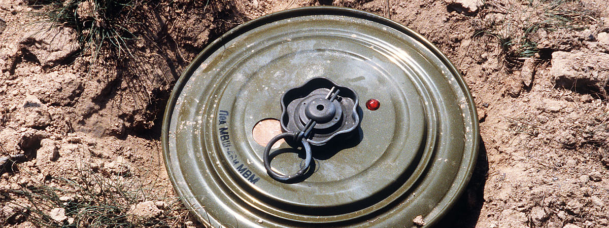 Two landmines recovered in Palamu, man killed by Maoists in Chatra