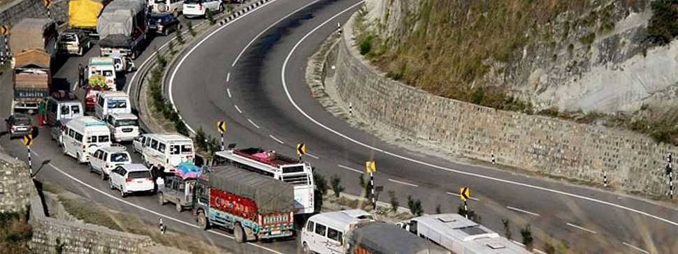 Ban on civilian traffic on highway continues to affect life in Kashmir
