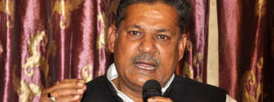 'Rehabilitated' Kirti Azad uses cricket prowess to charm voters in Dhanbad