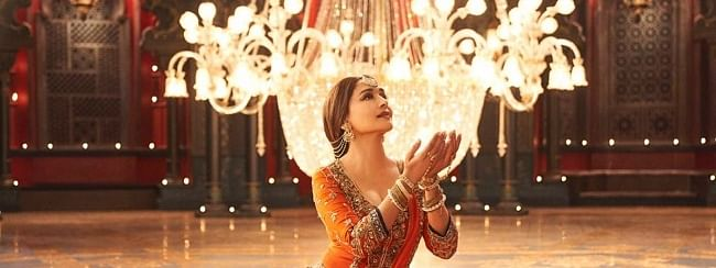 Makers release new song 'Tabah Ho Gaye' from 'Kalank'