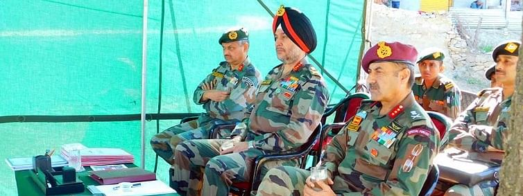 Northern Command Commander reviews security situation in Kishtwar sector