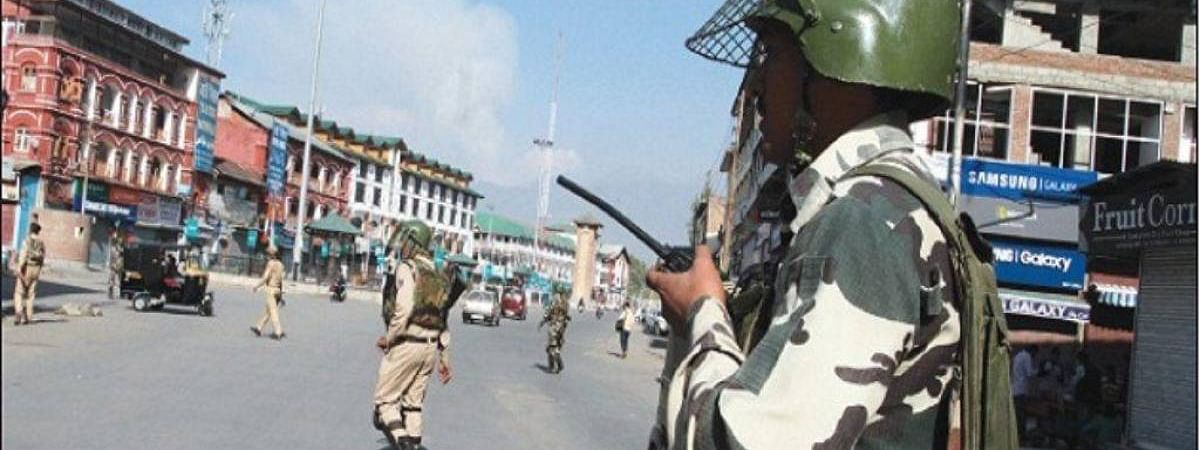 Life remains crippled in Shopian district, parts of Pulwama