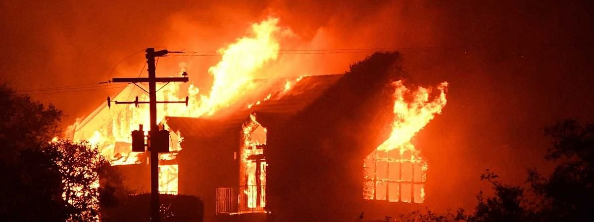 Property worth crores of rupees destroyed in Srinagar fire