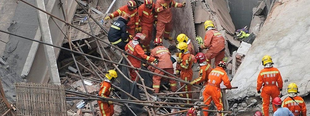 Wall collapse in Shanghai claims 10 lives