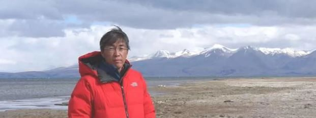 Doctor dies after rescue from Nepal mountain