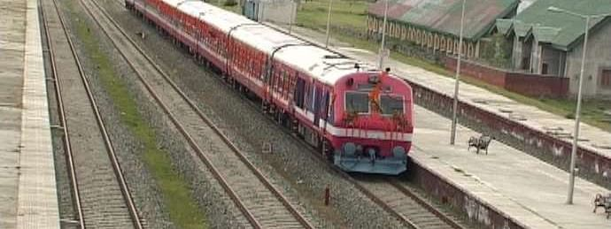 Train service resumes in south Kashmir after four days