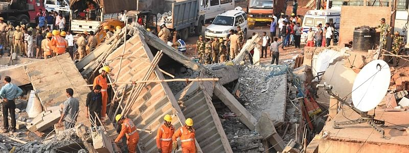 Two injured as portion of building collapses in Ghatkopar