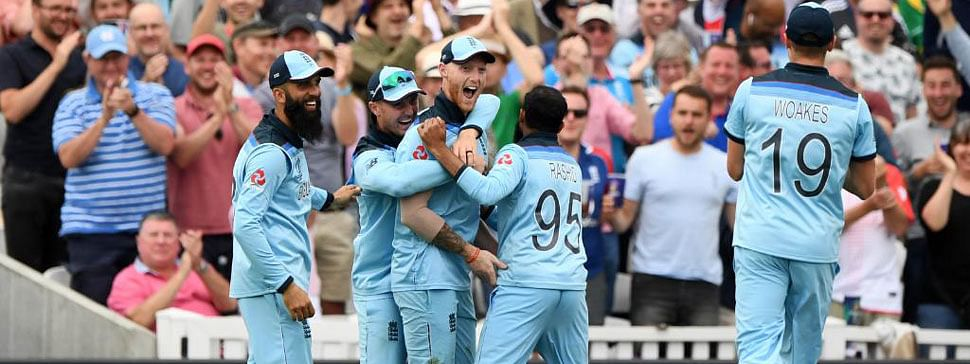 England beat South Africa by 104 runs