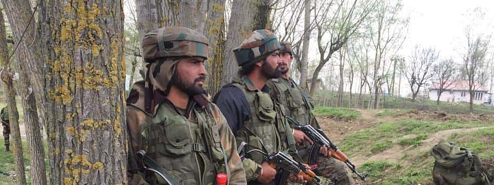 2 militants killed in encounter with security forces