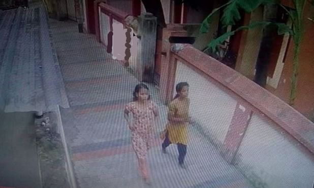 Two women inmates scale high prison wall and escape in Kerala