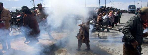 SFs burst teargas shells to disperse demonstrators in Tral