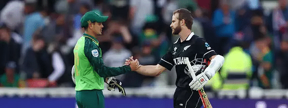 New Zealand beat South Africa by 4 wickets in World Cup thriller