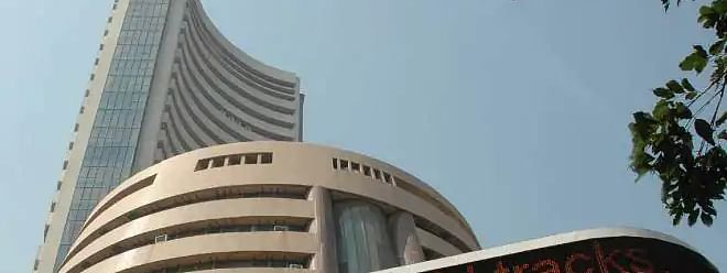 Sensex tanked by 553.82 pts