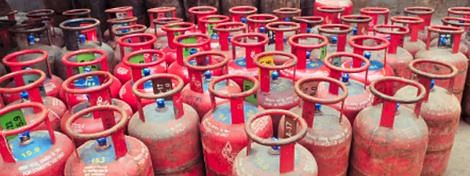 Cong wants Govt to withdraw cooking gas cylinder price hike