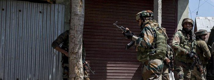 Encounter between militants, security forces in Anantnag
