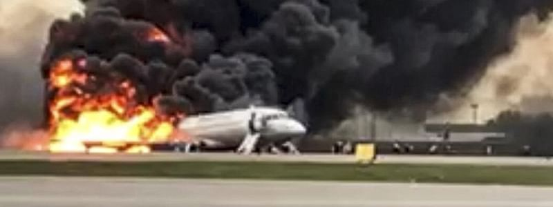 Plane accident leaves 2 pilots dead, 7 people injured in Russia