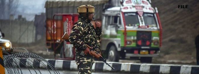 Encounter ensues between militants, security forces in Anantnag