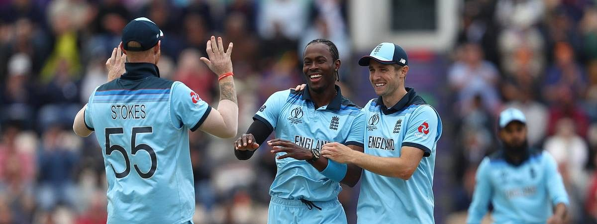 England restrict West Indies on score of 212
