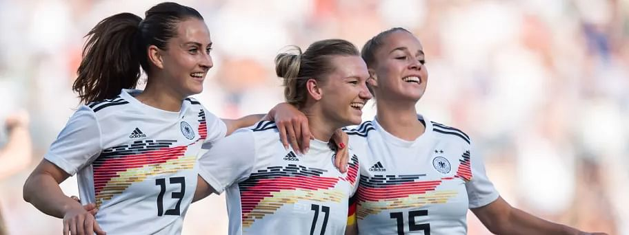 Spain, Germany lead Group B of Women's World Cup