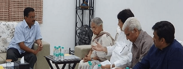 Sheila meets Kejriwal over power, water problems