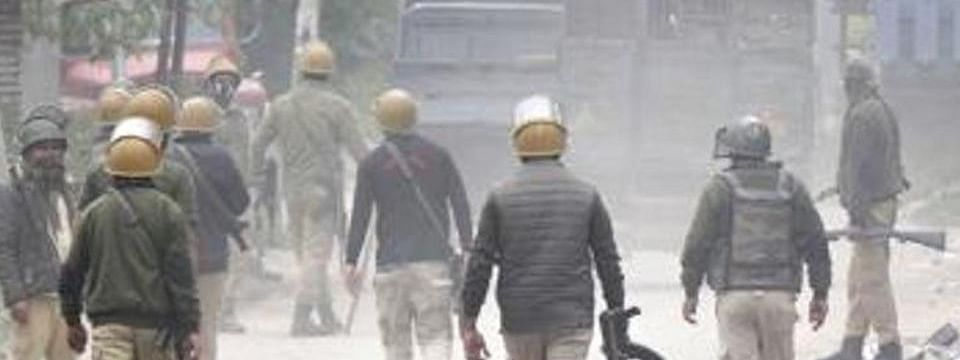 Encounter between militants & security forces in Pulwama