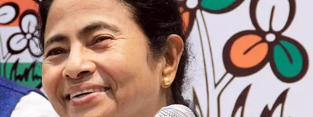 Mamata congratulates Team India