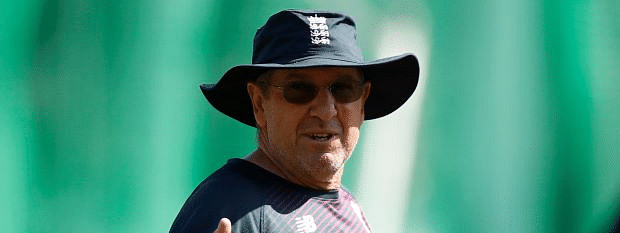 Bayliss admits top order is concern  in Ashes