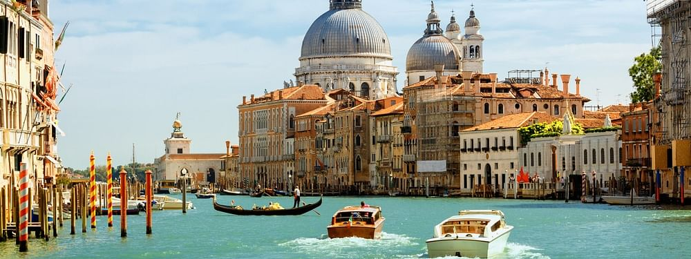 Italy overtakes France in tourism stakes