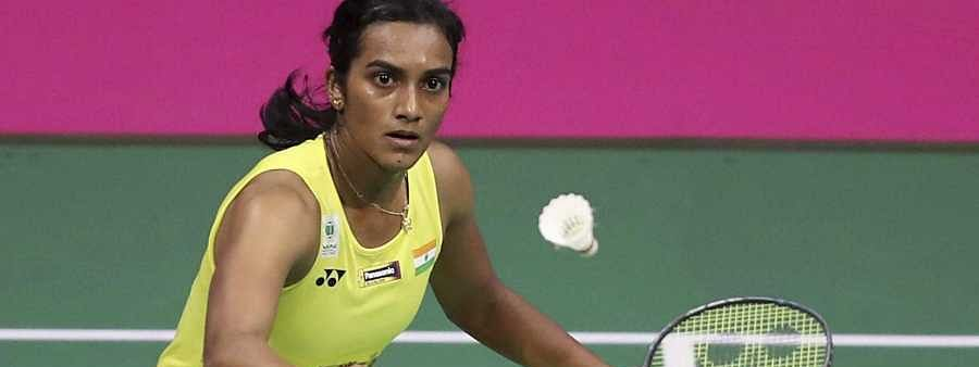 Sindhu tames old rival Okuhara to enter semis of Indonesia Open