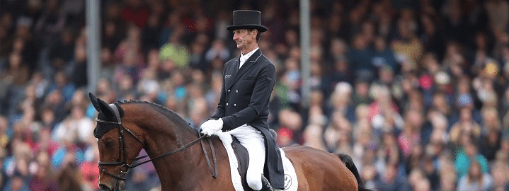 New Zealand's equestrian legend Todd retires