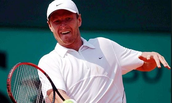 It's easy to get US visa, says Russian tennis player Kafelnikov